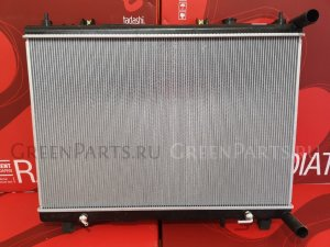 Радиатор двигателя на Nissan Pathfinder R52