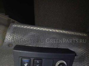 Кнопка на Toyota Rav4 ACA31, ACA36 2AZ