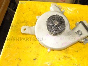 Мотор печки на Toyota Prius NHW11