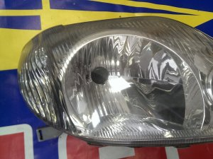 Фара на Toyota Corolla NZE121 12469
