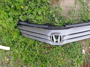 Решетка радиатора на Honda Airwave