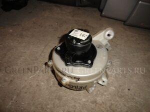 Мотор печки на Toyota Prius NHW20 из багажника