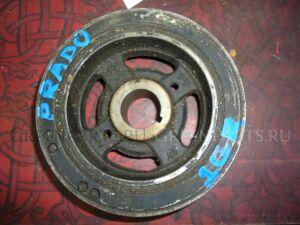 Шкив на Toyota Land Cruiser Prado #J120 1GR-FE 13470-31013