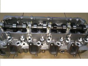 Головка блока цилиндров на Toyota PRADO KZJ70 1KZ