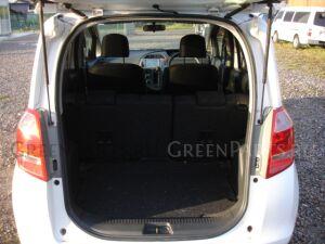Амортизатор багажника на Toyota Ractis NCP100 1NZFE