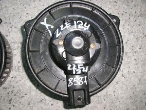 Мотор печки на Toyota Runx NZE124