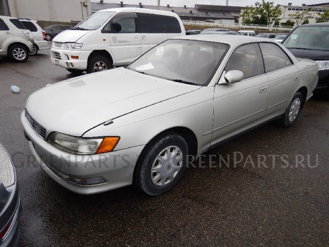 Подкрылок на Toyota MARKII GX90