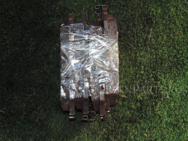 Тормозные колодки на Toyota Mark II GX100