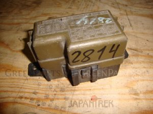 Блок предохранителей на Suzuki Jimny JB33W G13B 2814