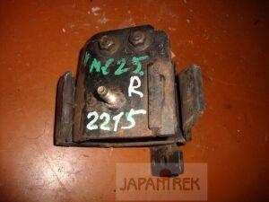 Подушка двигателя на Nissan Caravan VWME25 ZD30 2215