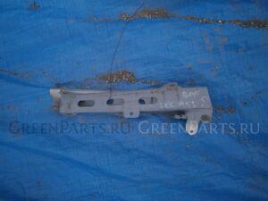 Крепление крыла на Subaru Legacy BP5, BPE