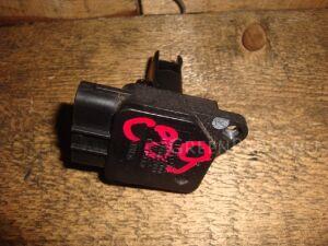 Датчик расхода воздуха на Toyota Vitz SCP10 1SZ