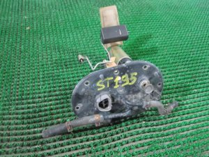Топливный насос на Toyota Caldina ST195 3SFE