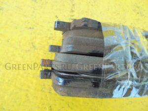 Тормозные колодки на Toyota Ipsum ACM21