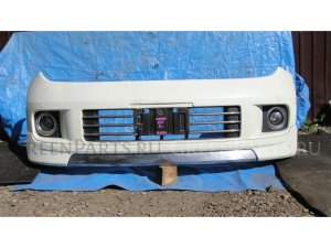 Бампер на Nissan Elgrand E51 VQ35DE 1714