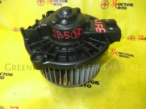 Мотор печки на Honda Life JB5 P07A