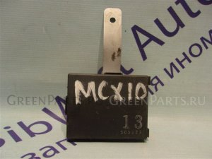 Электронный блок на Toyota Avalon MCX10