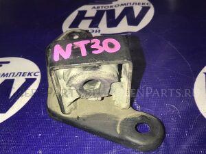 Крепление глушителя на Nissan X-Trail NT30 QR20