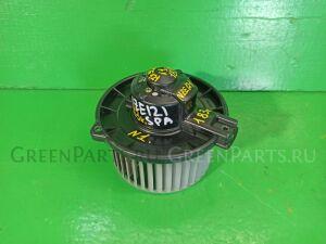 Мотор печки на Toyota Spacio NZE121