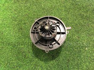 Мотор печки на Daihatsu Terios J111G 8710487402000