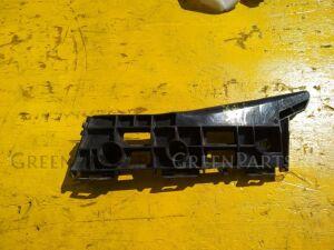 Крепеж бампера на Toyota Prius ZVW30 2ZRFXE 52116-47020