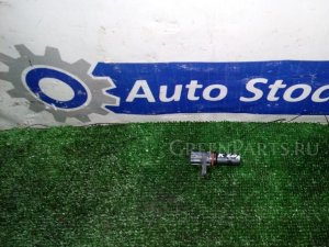 Датчик положения коленвала на Honda Stepwgn RF4 K20A
