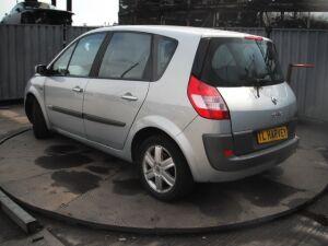 Радиатор кондиционера на Renault SCENIC 2