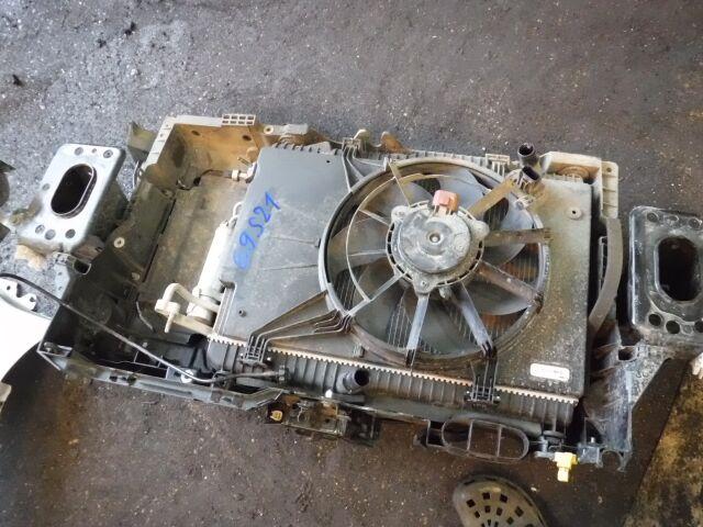 Радиатор на Ford FIESTA 6