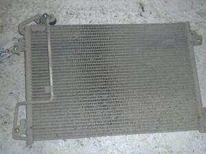 Радиатор кондиционера на Renault Scenic 1999-2003 1.6 107л.с. K4MB701 / АКПП 2WD минивен 2001г 7700432392