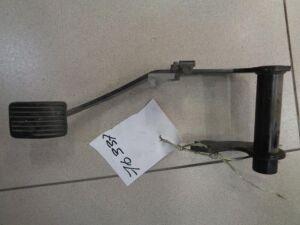 Педаль тормоза на Volvo S40 1998-2001 1.8 115л.с. B4184S / МКПП Седан 1998г 8250362