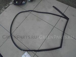Уплотнительная резинка на Mazda 3 BK 2003-2009