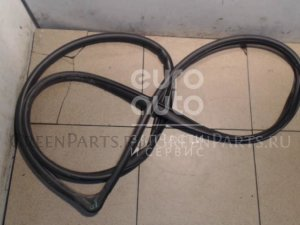 Уплотнительная резинка на Mazda MAZDA 3 (BL) 2009-2013 BBM468912