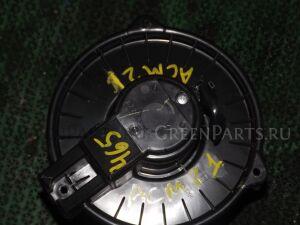 Мотор печки на Toyota Ipsum ACM21 rear