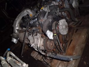Двигатель на Toyota Hiace LY290 5L 53