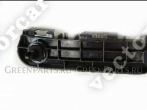 Крепление бампера на Toyota Aqua NHP10