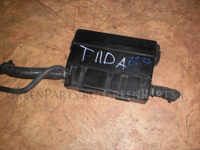 Блок предохранителей на Nissan Tiida C11