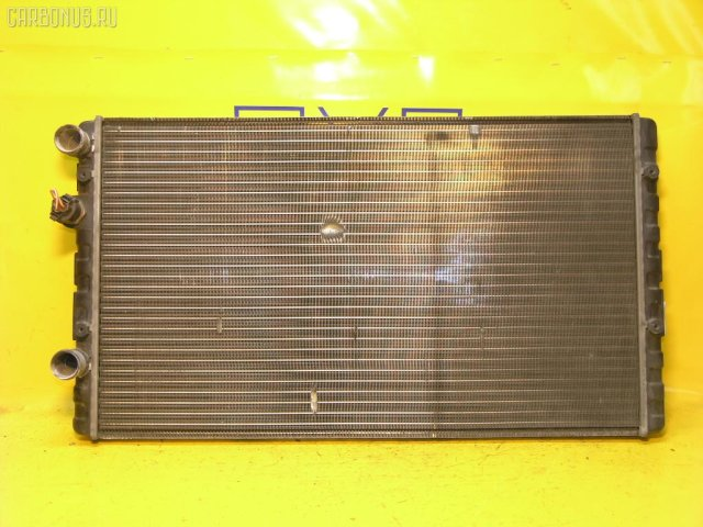 Радиатор двигателя на Volkswagen Polo 6NAHW AHW VAG