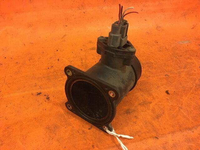 Датчик расхода воздуха на Nissan Tino V10 QG18DE