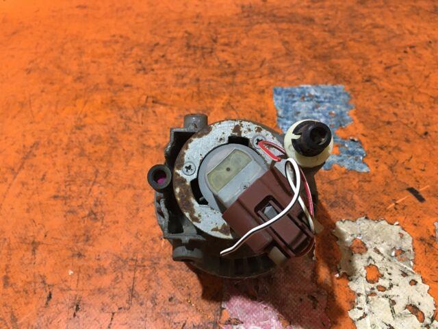 Туманка бамперная на Toyota Noah AZR60G 52-040