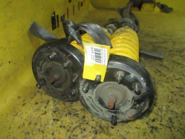 Стойка амортизатора на Honda Odyssey RA8 J30A