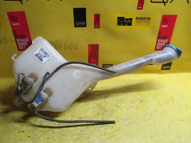 Бачок омывателя на Honda Civic Ferio ES2