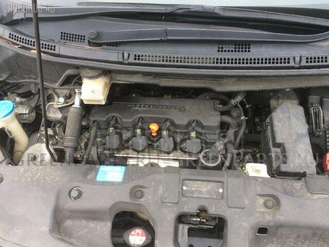 Амортизатор двери на Honda Stepwgn RK1