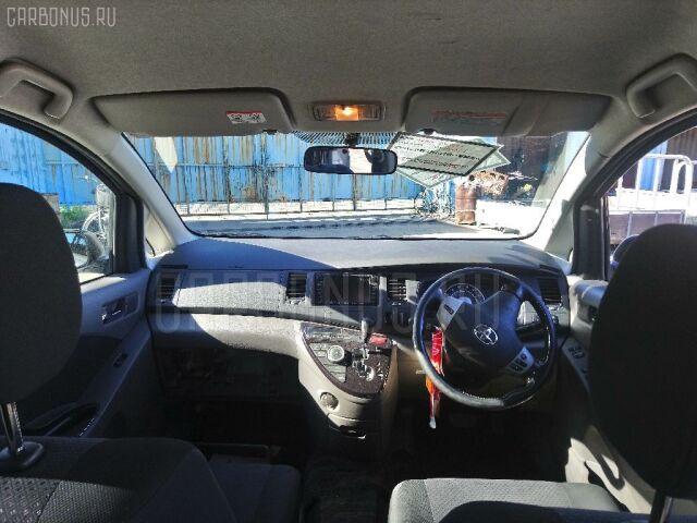 Дверь на Toyota Isis ANM10G