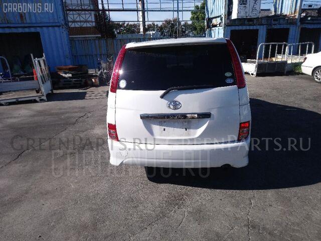 Блок предохранителей на Toyota Isis ANM10G 1AZ-FSE