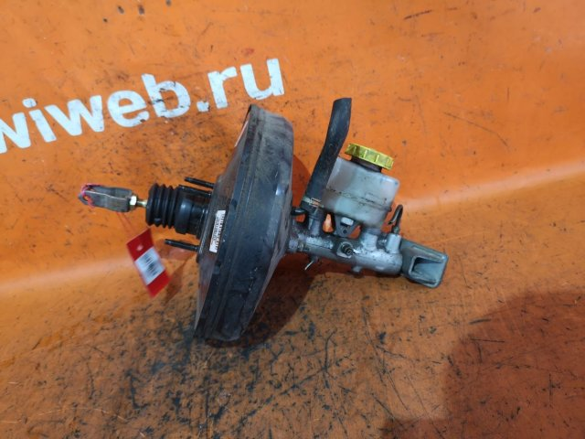Главный тормозной цилиндр на Nissan Ad Van VFY11 QG15DE