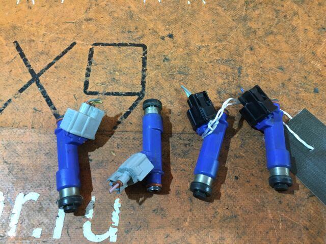 Форсунка инжекторная на Toyota Aqua NHP10 1NZ-FXE