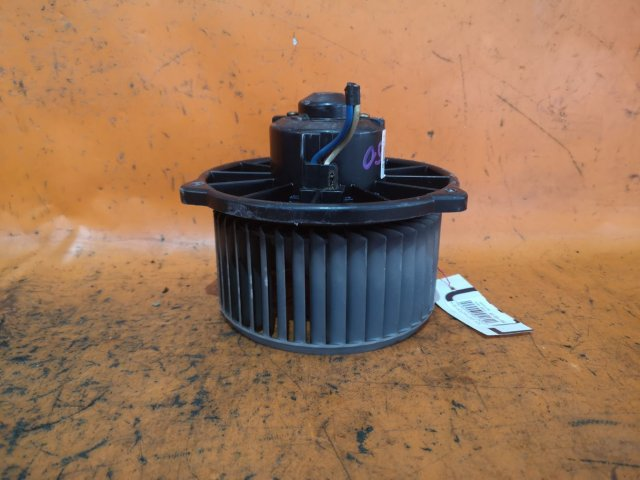 Мотор печки на Toyota Vista AZV50, AZV55, SV50, SV55, ZZV50