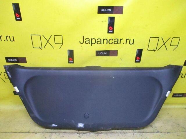 Обшивка двери на Honda Fit GD1