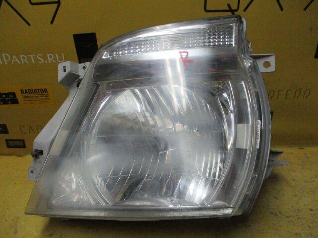 Фара на Nissan Caravan VWME25 100-24880