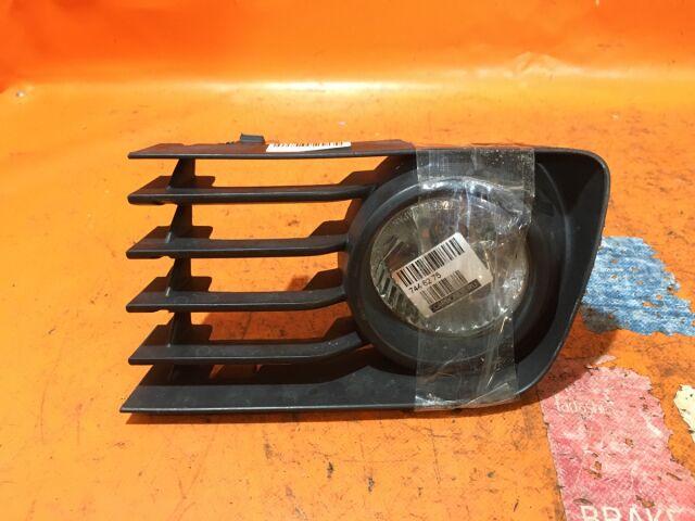 Туманка бамперная на Toyota Kluger ACU20W, ACU25W, MCU20W, MCU25W 114-77828
